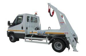 Skipploader ATRIK type SN32 lifting capacity of 3-5 tonnes